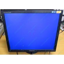 "Монитор 19"" Samsung SyncMaster E1920 экран с царапинами (Махачкала)"